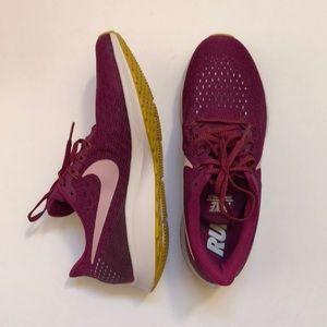 Nike Air Zoom Pegasus 35 size 9 new in box